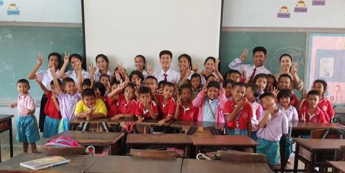 นักเรียน ร.ร.พะตงวิทยามูลนิธิ สนุกสนานกับกิจกรรม