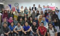 นักศึกษารับฟังบรรยายในหัวข้อ Tourism in Thailand
