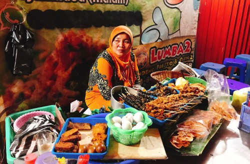 Pasar Gede1 - สะเต๊ะอินโด