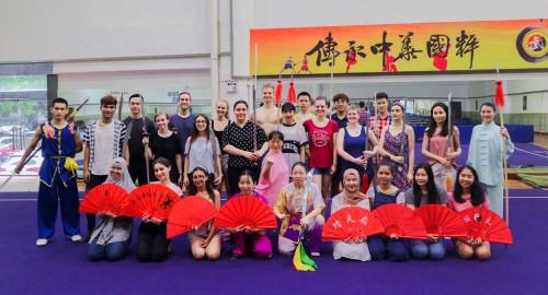 เรียนรู้วัฒนธรรมจีนร่วมกับเพื่อนจากนานาชาติ